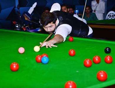World championship set to have capacity crowd for final at the Crucible
