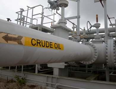 Shell Norco, Louisiana, refinery CDU operating at minimum production, other units shut