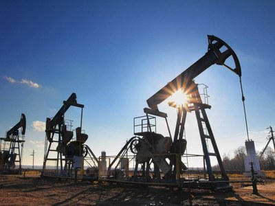 Crude oil – price strengthening amid turbulence