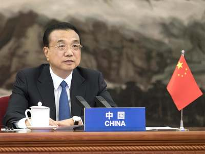 Chinese premier calls for more communication between China, US