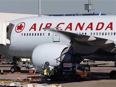 Air Canada shares fall after government takes equity stake
