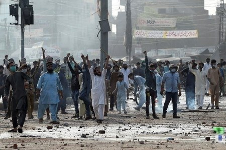 Dozens of TLP protesters arrested after clash with police