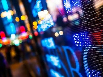 London stocks climb