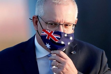 Emotional Australian leader announces end to Afghan deployment
