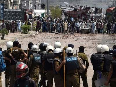 Govt reopens talks with TLP; 11 cops released