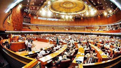 Expulsion of French envoy: Govt summons NA session today