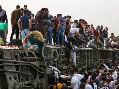 Egypt sacks rail authority chief after string of deadly accidents