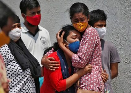 13 COVID-19 patients die in India's hospital fire