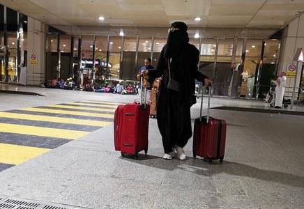 After Canada, Saudi Arabia bans flights from Pakistan over coronavirus fears