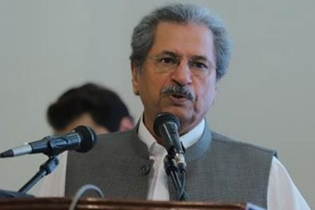 Shafqat Mahmood wishes students luck as CIE exams begin amid third COVID-19 wave