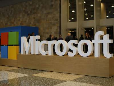 Microsoft sales grow on cloud strength