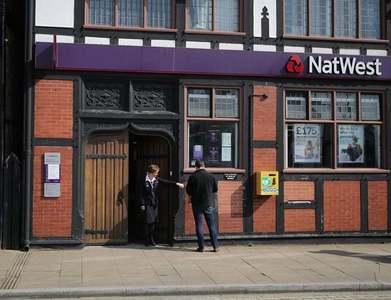 NatWest bank doubles quarterly net profit