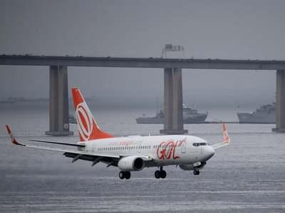 Brazil airline Gol raises cash as second COVID wave erodes travel demand