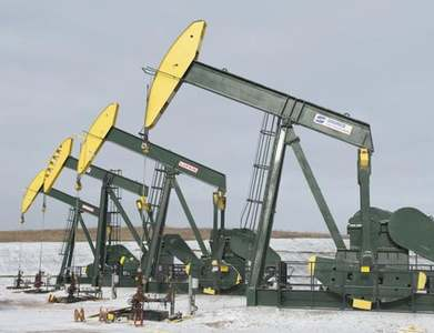 Imperial Oil swings to quarterly profit helped by oil price recovery