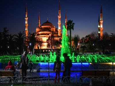 Turkey's tourism revenues tumble 40pc