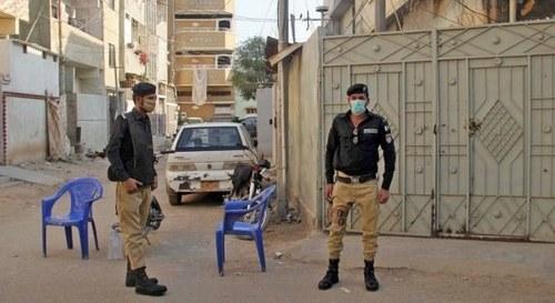 COVID hotspots: Micro smart lockdown imposed in more areas of Karachi