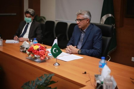Pakistan intends to vaccinate 70 million people against COVID-19 before end of this year