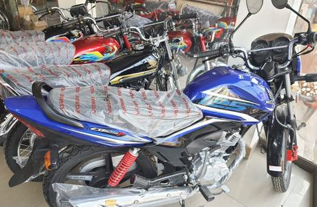 Honda implements 4th price hike on bikes in four months