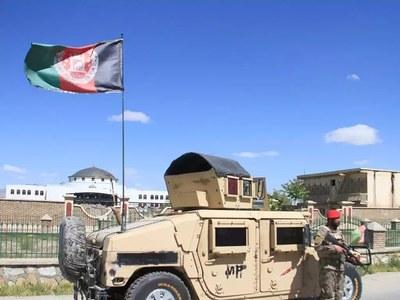 US warplanes helping Afghan forces fend off Taliban: officials