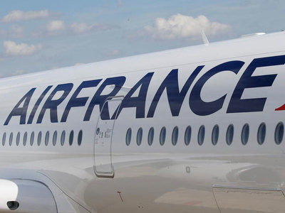 Air France-KLM pins hopes on summer after huge Covid losses