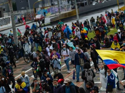 Colombia calls for dialogue with protest leaders