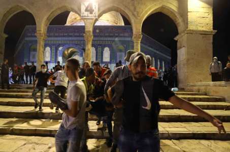 Israeli forces attack worshippers in Al-Aqsa Mosque as crisis escalates in Jerusalem