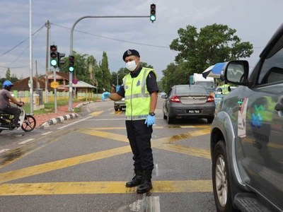 Malaysia tightens virus curbs ahead of Eid holiday