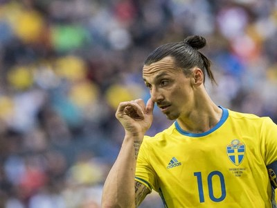 Ibrahimovic to miss at least two Milan games with knee injury