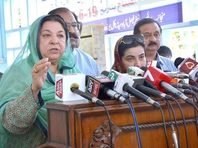 Yasmin Rashid visits newly set up Covid-19 vaccination centers