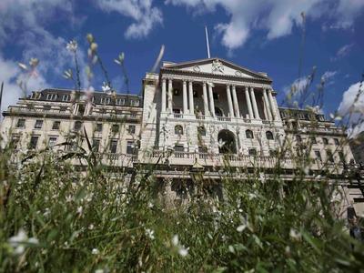BoE's Bailey calls for fix to 'dangerous gap' in money market rules