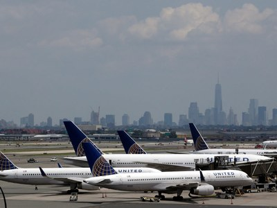 Major airlines suspend flights to Israel as conflict with Palestine intensifies