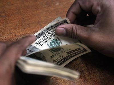 Dollar rises in Europe
