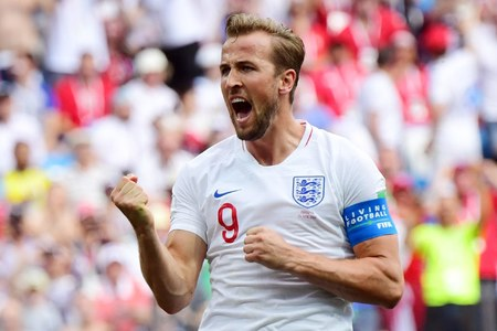 Kane rules out overseas move, wants Shearer's Premier League goal record