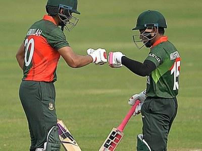 Mushfiqur, Mahmudullah guide Bangladesh to 257-6 in Covid-hit ODI