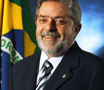 Brazil's Lula seeks latest upset: win back the center
