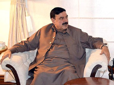 Interior ministry to provide complete assistance to Sindh, Rashid assures CM Shah