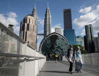 Malaysia reports record coronavirus cases and deaths