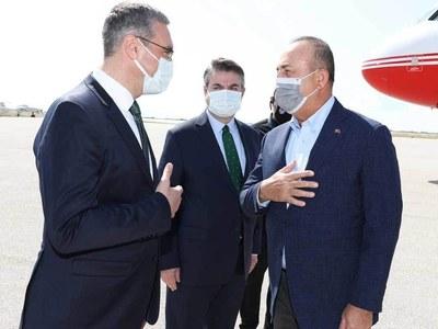 Turkey FM starts Greece trip with visit to Muslim minority