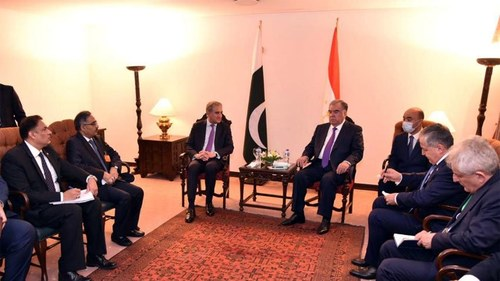 Pakistan to enhance bilateral cooperation in diverse fields with Tajikistan: Qureshi