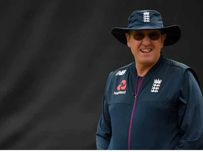 World Cup-winner Bayliss takes reins at Sydney Thunder