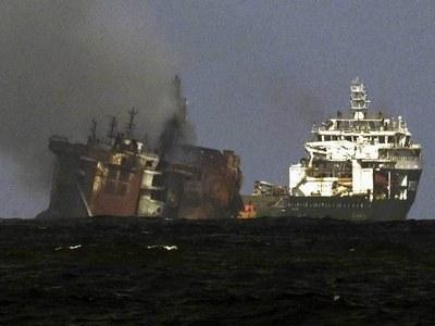 International experts deployed for Sri Lanka oil spill