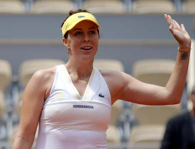 Pavlyunchenkova outlasts Rybakina in Paris to reach first Grand Slam semi-final