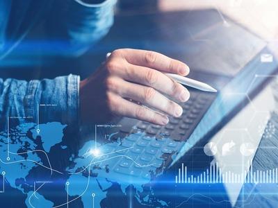 Media, govt websites coming back online after global outage
