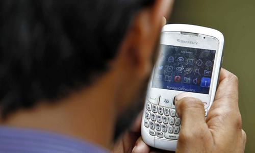 Pakistan aiming to export mobile devices this year