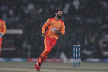 Botha rates Shadab as 'best captain in PSL'