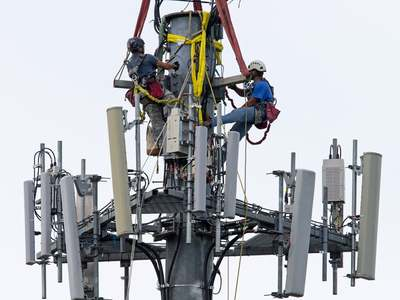 Telecom sector contributes Rs97.7bn to exchequer