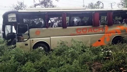 At least 23 killed as passenger bus crashes in Khuzdar, Balochistan