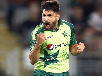 Haris becomes second quickest Pakistani bowler to take 100 T20 wickets
