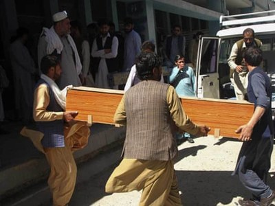 Gunmen kill four polio workers in Afghanistan's Jalalabad