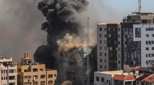 Israel launches airstrikes on Gaza over incendiary balloons